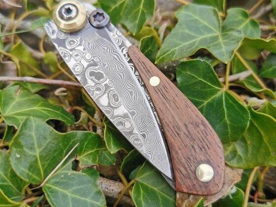 Messer 49