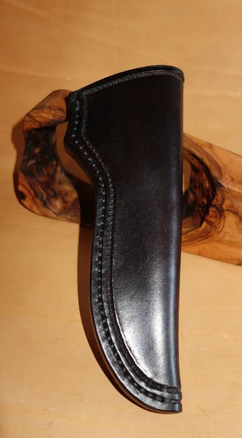 Lederscheide im Kundenauftrag gefertigt