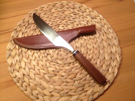 Kochmesser aus einem Stechbeitel/ Robinie/Büffelhorn/Fiber