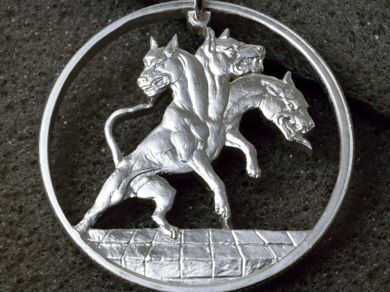 Cerberus in Silber